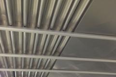 Thuis-en-Zn_RVS-systeemplafond-reininging42